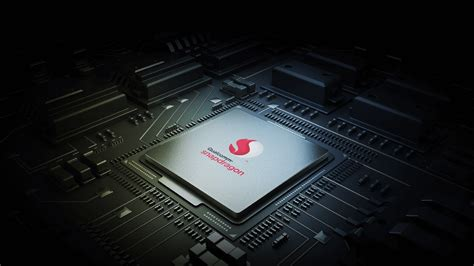 qualcomm introduces   midrange snapdragon chips