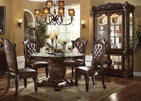 Acme   62010 Vendome Round Formal Dining Room Set with
