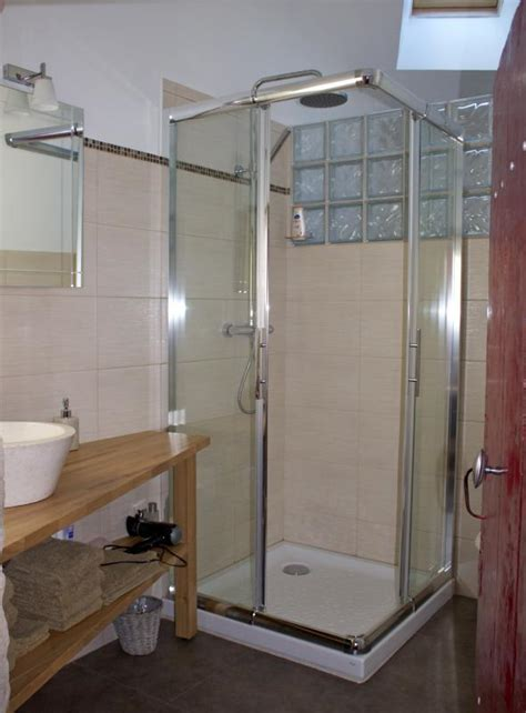 cr馥r une chambre d hote beautiful salle de bain chambre d hotes pictures antoniogarcia info antoniogarcia info