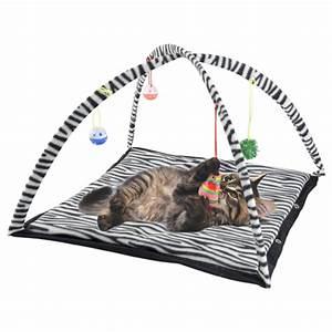 Tapis Pour Chat : tapis de jeu pour chats prix 3 99 ~ Teatrodelosmanantiales.com Idées de Décoration