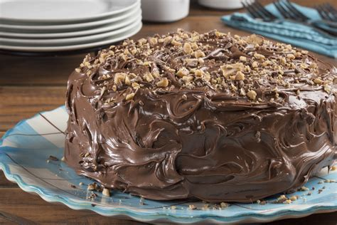 Easy Perfect Chocolate Cake | MrFood.com