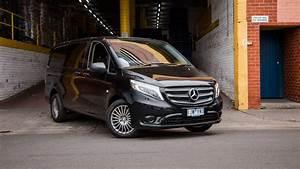 Mercedes Vito Interieur : new 2018 mercedes benz vito 119 crew cab interior exterior youtube ~ Maxctalentgroup.com Avis de Voitures