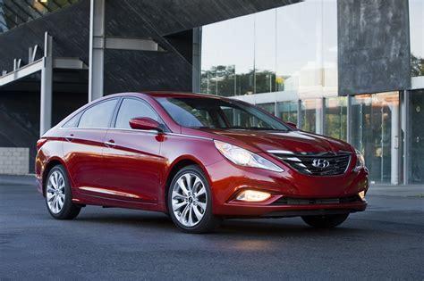 2013 Hyundai Sonata 2013 hyundai sonata sedan gets 1 100 price increase