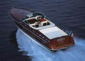 Large Speed Boats For Sale Images