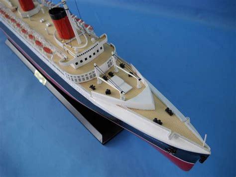 buy queen victoria limited   model ships model