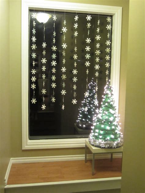 lighted window displays diy light up tree display busted button