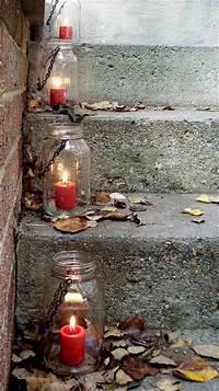 mason jar lantern 35 Mason Jar Lights Do It Yourself Ideas   DIY to Make