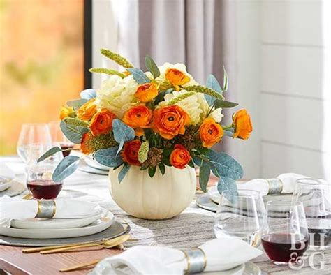 Simple Christmas Centerpieces Better Homes And Gardens