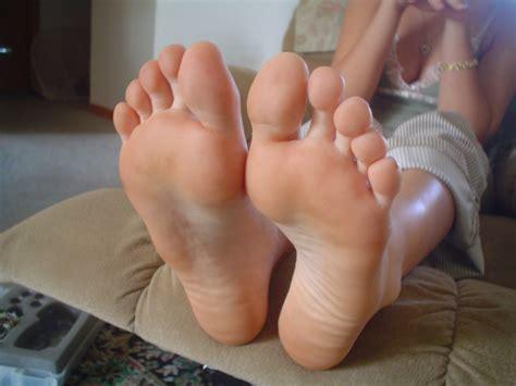 Persian Feet پرژن فیت October 2011