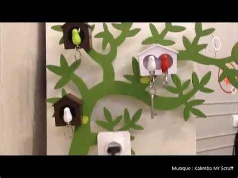 porte cles mural original objet insolite design porte cles mural design oiseau cabane sparrow key ring qualy design