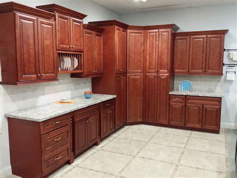 maple vs cherry kitchen cabinets maple cherry cabinet on demand 9120
