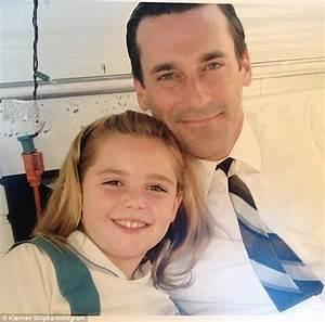 Kiernan Shipka is reunited with on-screen father Jon Hamm ...