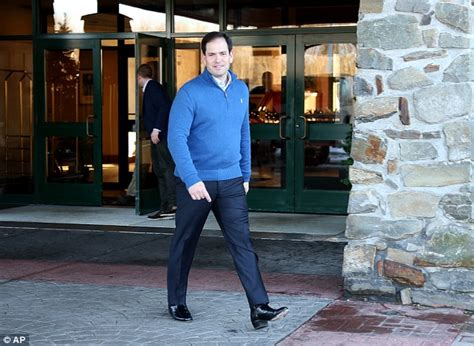 marco rubio wears   heeled boots  campaign