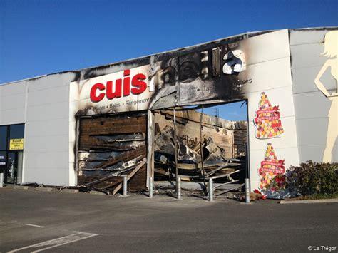 cuisinella cuisine lannion cuisinella incendié un bâtiment provisoire dès