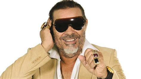 Cantor José Rico morre aos 68 anos vítima de infarto