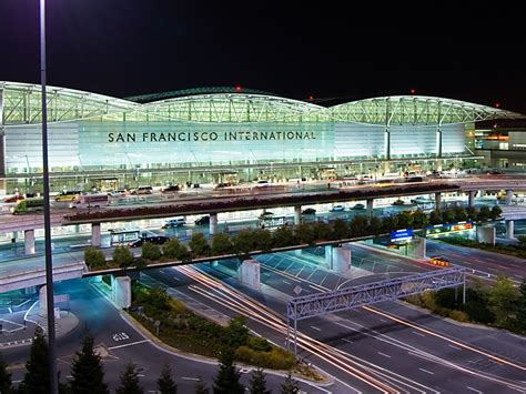 Best Airports North America 2016 Skytrax  Business Insider