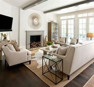 Le tapis jonc de mer pour le salon classique en 60 belles for Tapis jonc de mer avec canape cuir grenoble