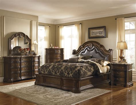 Buy Courtland King Platform Bed By Pulaski From Www