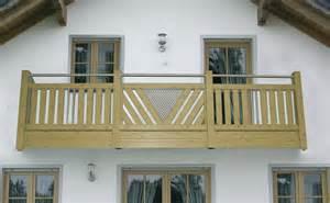 holz balkon balkon dielen holz streichen bvrao