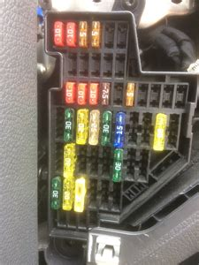 2011 Vw Fuse Box Radio by Radio Has No Power Which Fuse For A Radio 2009 Sprinter