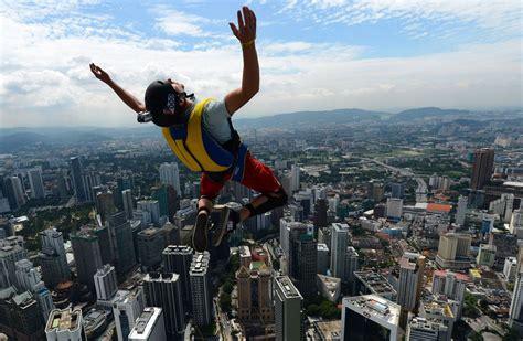 5 Extreme Sports That Really Are Extreme - SportsBreak
