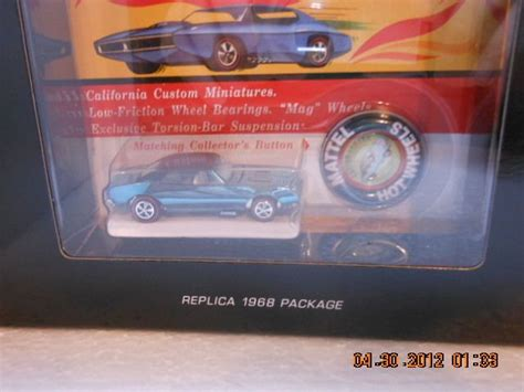 hot wheels rlc original  custom camaro redline