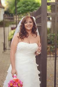 size 14 16 bridal size 12ish street size brides post With busty brides wedding dresses
