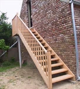 escalier exterieur en bois mev sprl essence de bois les autres bois
