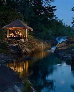 Best honeymoon destinations for 2015 martha stewart weddings for Best honeymoon destinations 2015