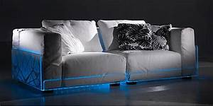 Sofa Mit Boxen Und Led : asami light sofa sofa mit led beleuchtung ~ Bigdaddyawards.com Haus und Dekorationen
