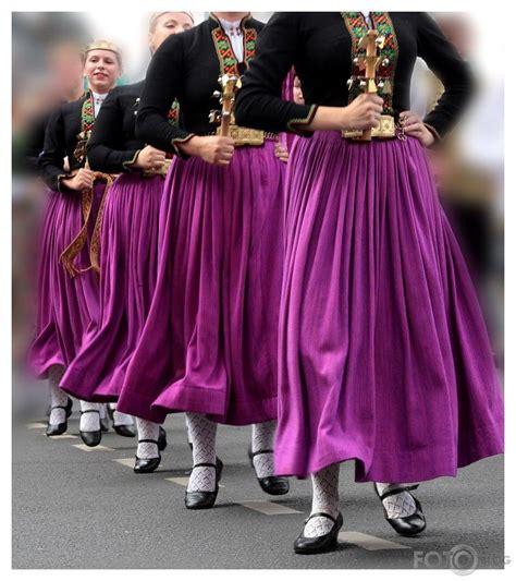 Deju solis   Folk design, Folk costume, Latvian