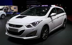 Hyundai I40 Sw : essai hyundai i40 sw 1 7 crdi 136 l 39 automobile magazine ~ Medecine-chirurgie-esthetiques.com Avis de Voitures