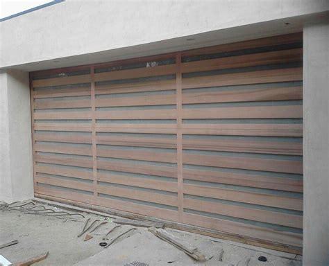 14 White Wood Garage Door   hobbylobbys.info