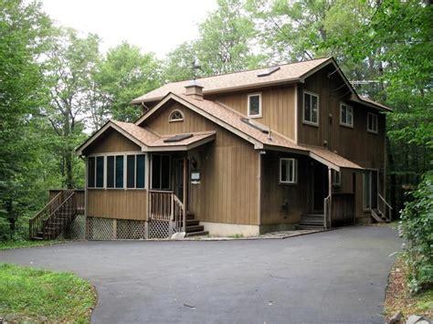 cabins in poconos beautiful cabin in the poconos on the lehig vrbo