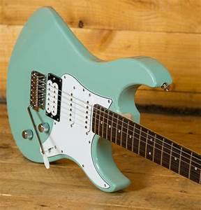 Yamaha Pacifica 112v : yamaha pacifica 112v rosewood sonic blue peach guitars ~ Jslefanu.com Haus und Dekorationen