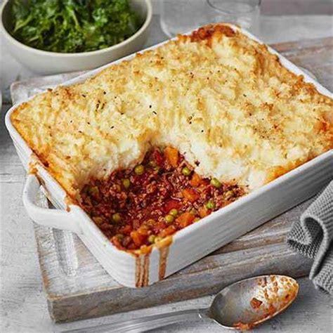 classic cottage pie recipe classic cottage pie recipe in 2019 me up meals