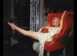 Look Out Ladies, He Has… – The Seven Year Itch (1955 ...