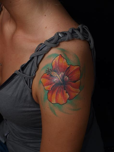 81 amazing flowers shoulder tattoos