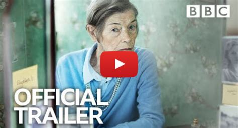 Glenda Jackson 'shines' on TV return - BBC News