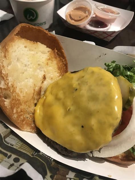 wahlburgers foley