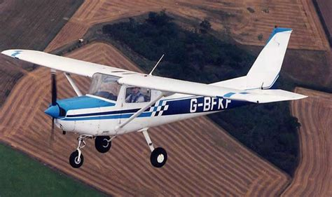 Cessna 152 Aircraft History Facts And Photos Julianne Hough Inspired Hair Tutorial Pak Party Hairstyle For Over 50 With Glasses Black Hairstyles Clip Art Wedding Up Mermaid Products Uk Braids Pinterest Short Highlights 2015