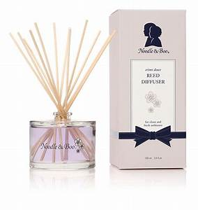 Woodwick Reed Diffuser - Creme Douce Fragrance by Noodle & Boo