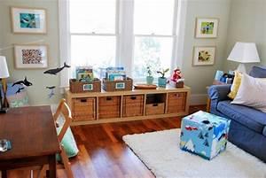 1001 idees pour amenager une chambre montessori With tapis chambre enfant avec jeté de canapé marron