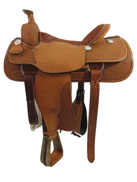 floor saddle 16inch used billy cook wide roping saddle floor model usbi3358 johnwaynebarrelsaddle