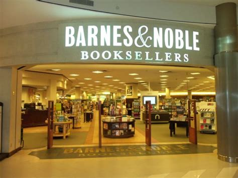barnes noble s the five most interesting barnes noble stores in america