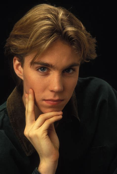 pictures  jonathan brandis picture  pictures