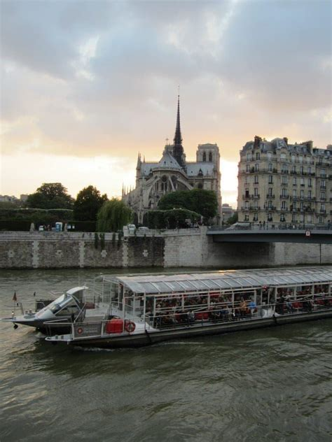 Bateau Mouche Starting Point by Cruising The Seine River In Paris How To Choose The Best