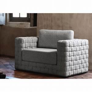fauteuil avec accoudoirs patch confortable et design signe With tapis exterieur avec canapé italien bardi