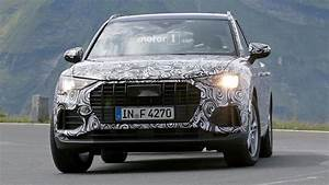 Audi Q3 Versions : 2019 audi q3 test driver smiles for the spy camera ~ Gottalentnigeria.com Avis de Voitures