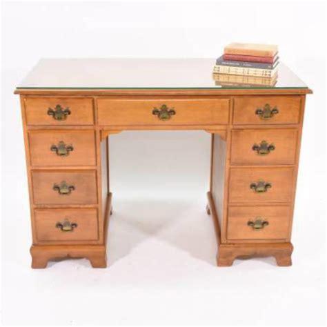Ethan Allen Maple Roll Top Desk by Quot Ethan Allen Quot Maple Desk W 8 Drawers Loveseat Vintage